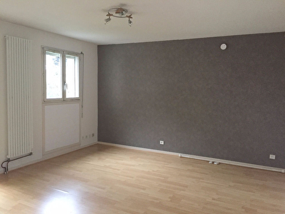 Appartement Chatenay Malabry 1 pièce(s) 35.76 m2